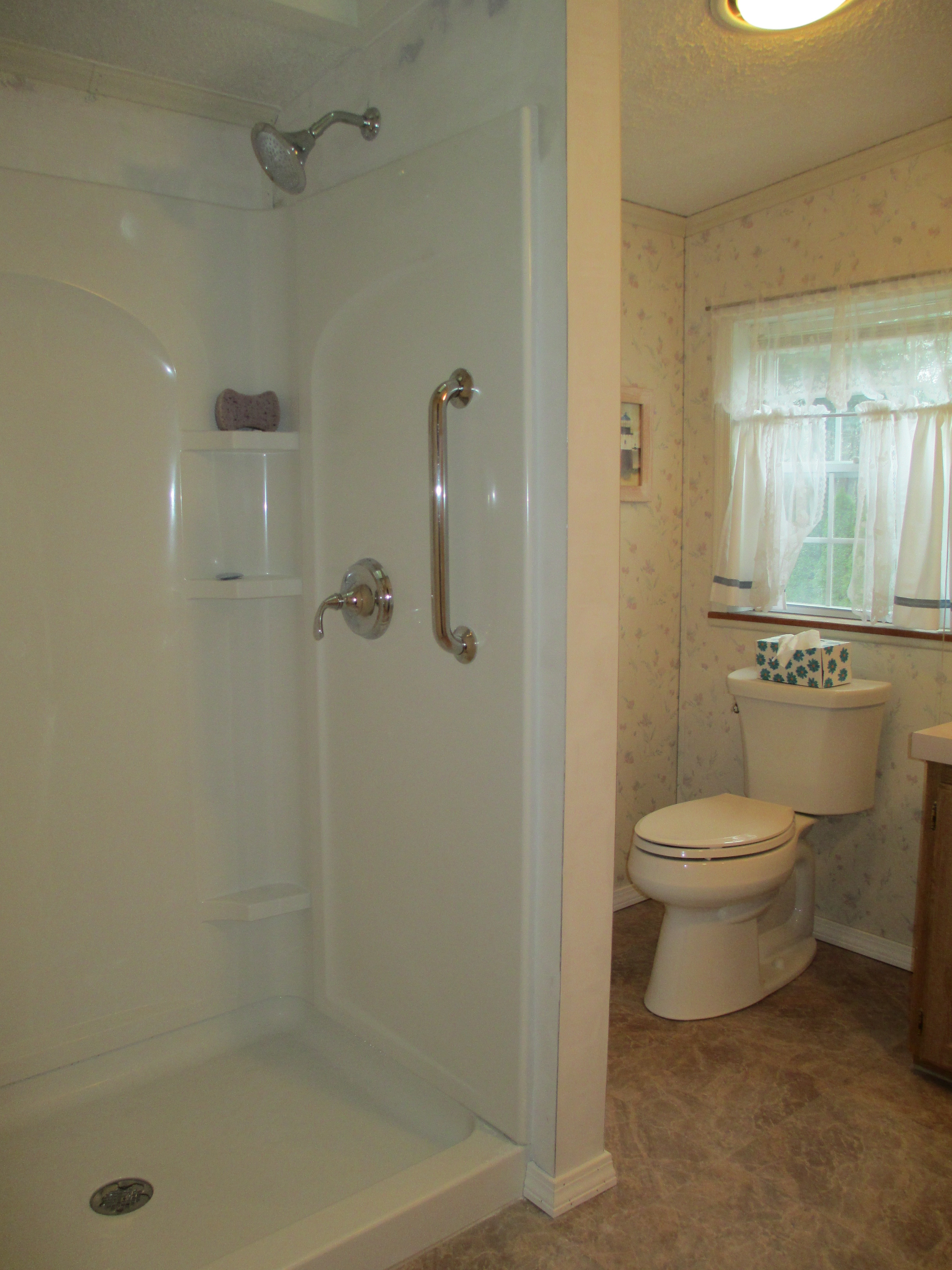 Replace whirlpool with a shower, Raymond, NH | NH Bath Builders